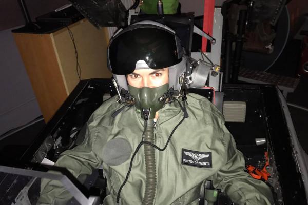 Flug F-16 Fighting Falcon Kampfjet 120 Minuten