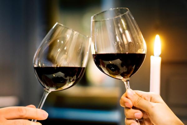 Romantisches Abendessen mit Unterkunft  für 2 Personen