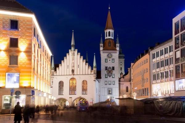 Private Nachtwächter-Fackeltour in München