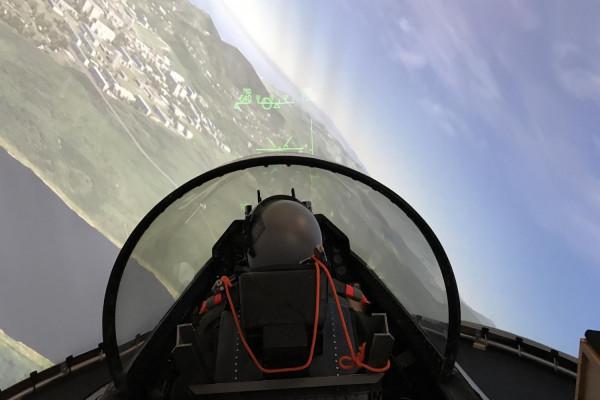 Flug F-16 Fighting Falcon  Kampfjet  60 Minuten