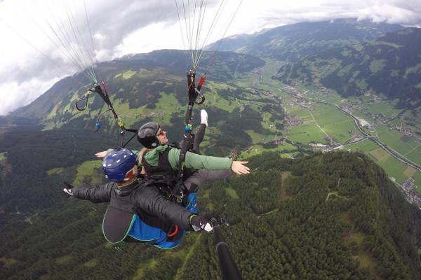 Paragleiten Tandemflug Mayrhofen Tirol